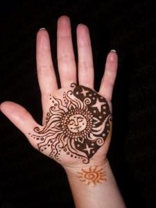 henna slnko mesiac