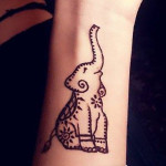 henna ruka slon slonik