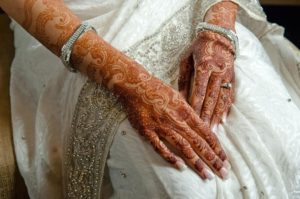 6_indian-wedding-indian-bride-bridal-henna-white